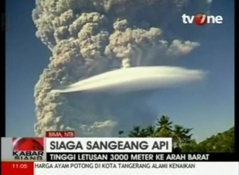 News video: Indonesia's Mount Sangiang Eruption Hits Flights